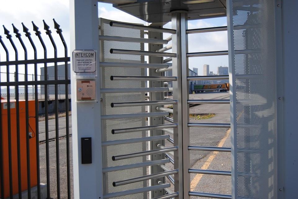 secure gate