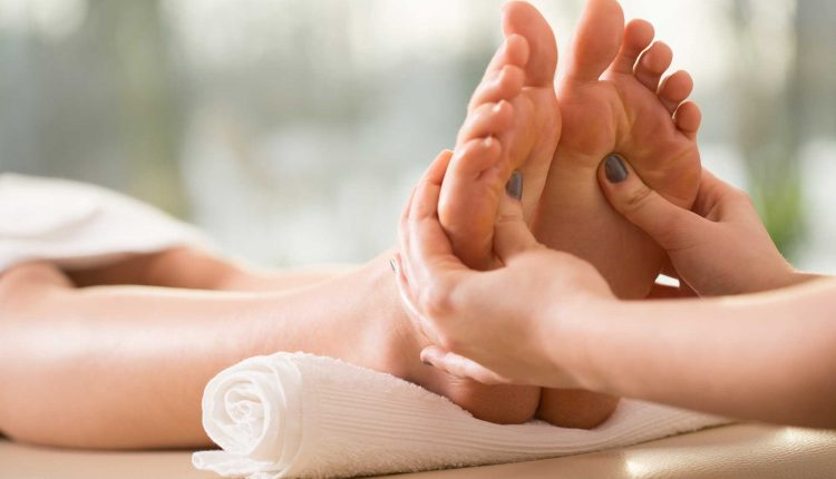 10 Steps To Having Healthy Feet – Foot Health Care
