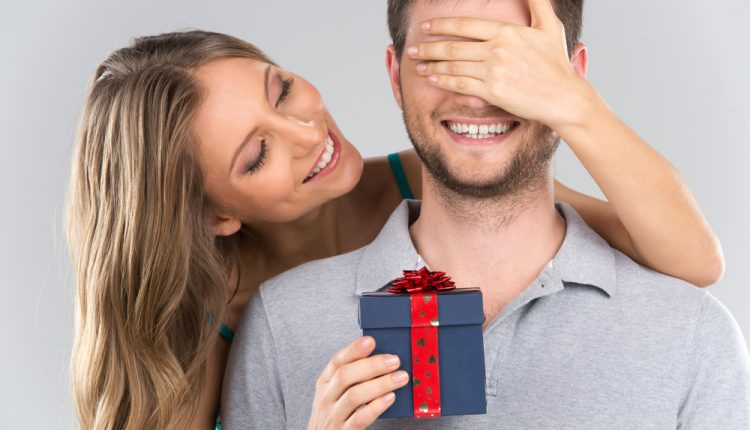 7 Amazing Ideas To Get Special Gifts For Your Boyfriend